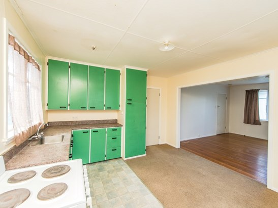 188 Cornfoot Street, Castlecliff, Whanganui - NZL (photo 2)