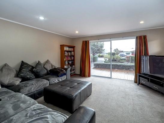 199 High Street South, Carterton - NZL (photo 4)