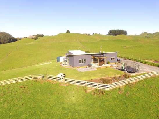 15 Whenuakura Road, Matiere, Ruapehu - NZL (photo 1)