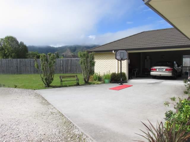 10 Wicken Place, Reefton, Buller - NZL (photo 4)