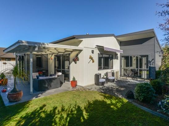 212 Frimley Oaks, Frimley, Hastings - NZL (photo 1)