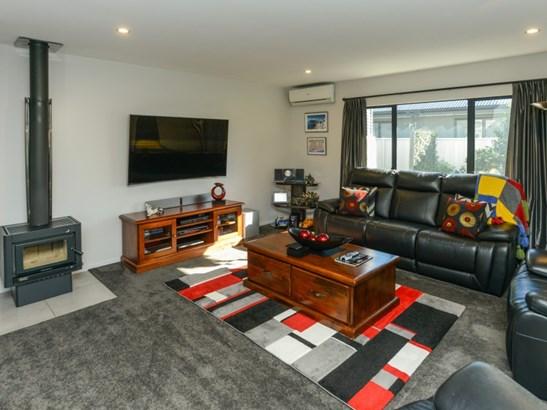 212 Frimley Oaks, Frimley, Hastings - NZL (photo 3)