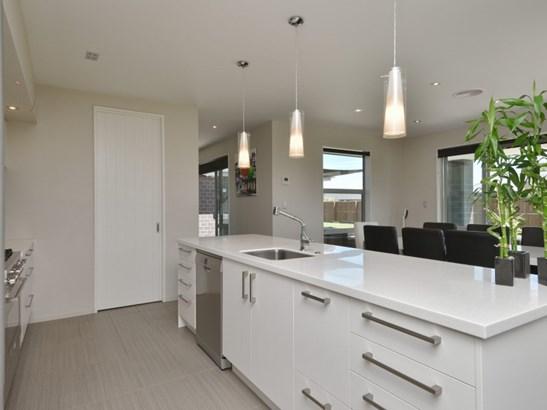 31 Shadbolt Lane, Rolleston, Selwyn - NZL (photo 5)