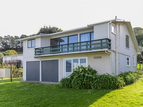 5 Mchardy Place, Blackhead Beach, Porangahau - NZL (photo 1)