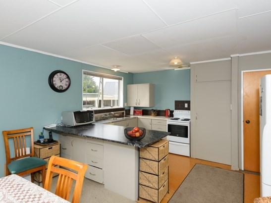 7 Ashton Place, Parkwest, Palmerston North - NZL (photo 4)