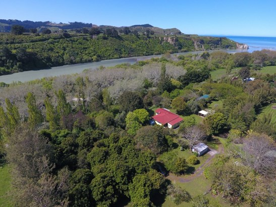 3 West Beach Road , Mohaka, Wairoa - NZL (photo 1)