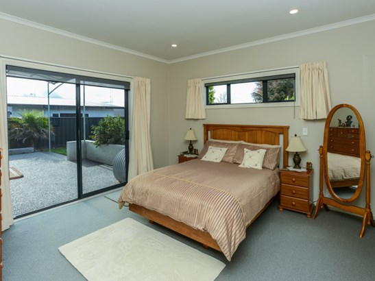 25 Fairview Place, Havelock North, Hastings - NZL (photo 5)