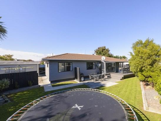 73 Geraldine Crescent, Cloverlea, Palmerston North - NZL (photo 4)