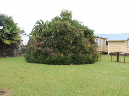 15 Lawrence Street, Te Kuiti, Waitomo District - NZL (photo 3)