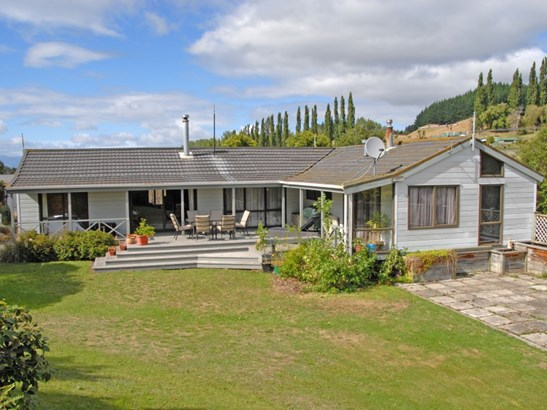 6 Jones Road, Taihape, Rangitikei - NZL (photo 1)
