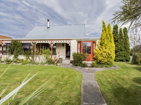 17 Weka Street, Oxford, Waimakariri - NZL (photo 2)