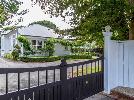60 Essex Street, Masterton - NZL (photo 1)