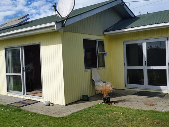 16 Lancaster Street, Hampden, Waitaki - NZL (photo 2)