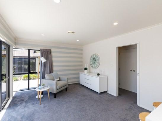 127 Schnell Drive, Kelvin Grove, Palmerston North - NZL (photo 4)