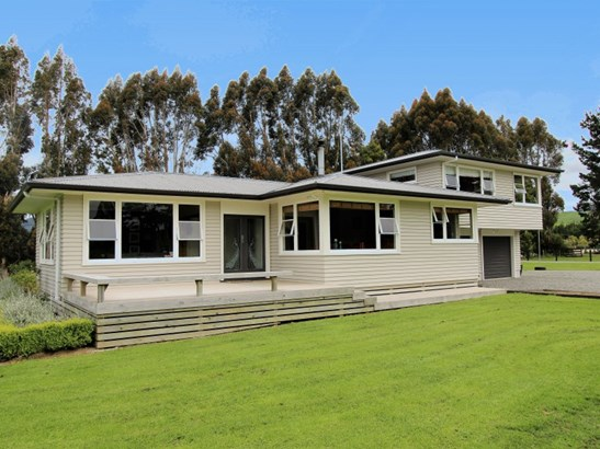 54 Morgans Road, Eketahuna, Tararua - NZL (photo 2)