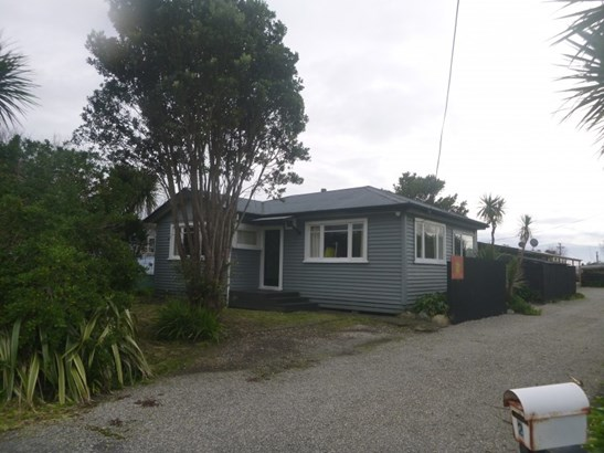 2 Cape Foulwind Road, Carters Beach, Buller - NZL (photo 1)