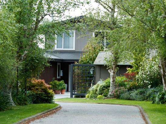 108 Clifton Terrace, Fitzherbert, Palmerston North - NZL (photo 1)