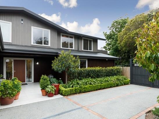 108 Clifton Terrace, Fitzherbert, Palmerston North - NZL (photo 2)