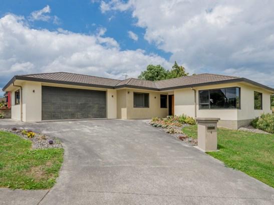 4 Claremont Rise, Levin, Horowhenua - NZL (photo 2)