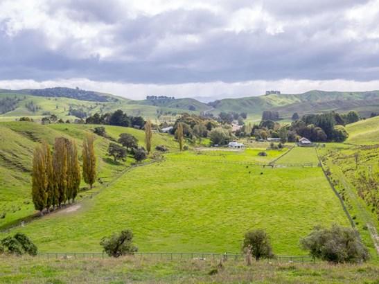 1410b Longbush Road, Gladstone, Masterton - NZL (photo 2)