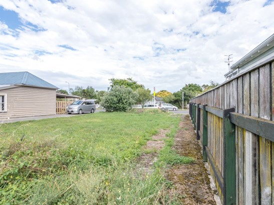 11 Lombard Street, Central, Palmerston North - NZL (photo 3)