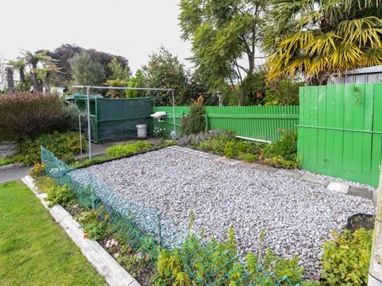 38 Warwick Crescent, Taradale, Napier - NZL (photo 5)
