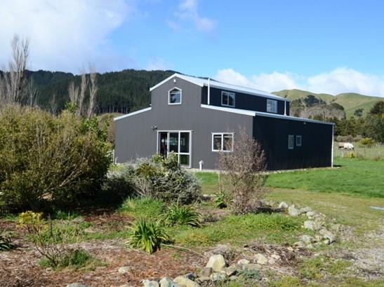 57 Gladstone Road, Levin, Horowhenua - NZL (photo 2)
