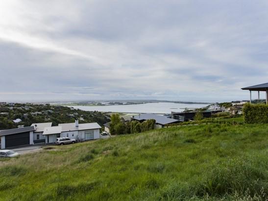 8 Omeo Crescent, Redcliffs, Christchurch - NZL (photo 1)