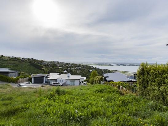 8 Omeo Crescent, Redcliffs, Christchurch - NZL (photo 2)