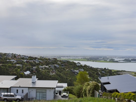 8 Omeo Crescent, Redcliffs, Christchurch - NZL (photo 3)
