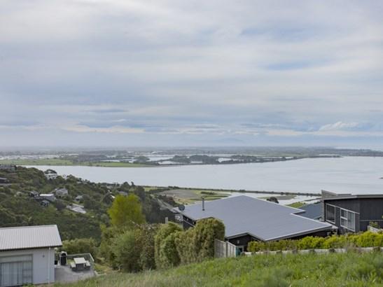 8 Omeo Crescent, Redcliffs, Christchurch - NZL (photo 5)