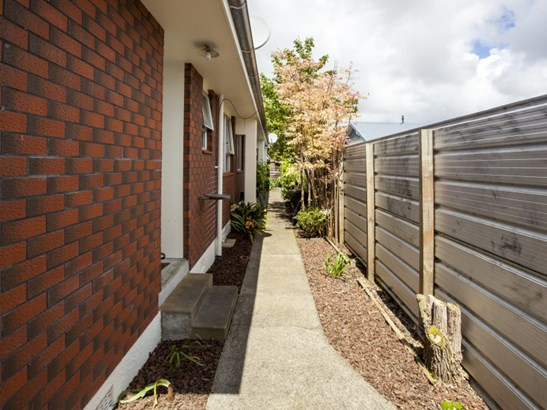 17a Limbrick Street, Terrace End, Palmerston North - NZL (photo 4)