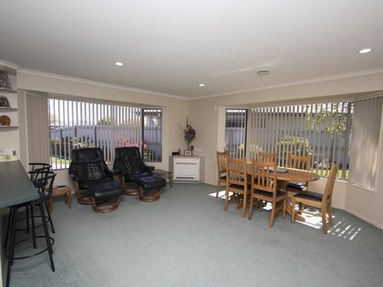 2 Millibrook Place, Tinwald, Ashburton - NZL (photo 3)