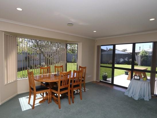 2 Millibrook Place, Tinwald, Ashburton - NZL (photo 5)
