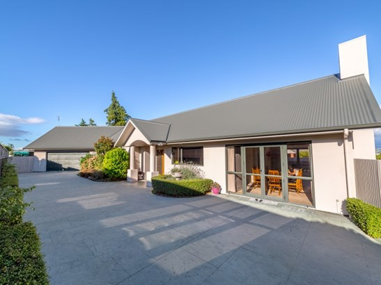 16 Tankersley Street, Masterton - NZL (photo 2)
