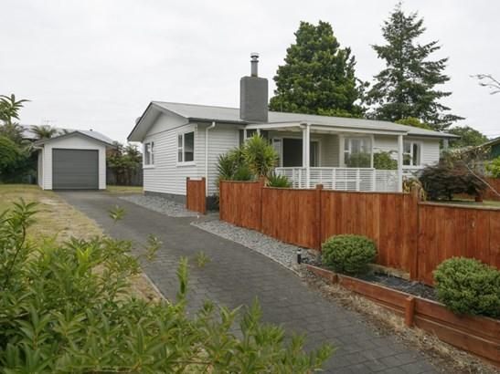 15 Cumberland Street, Tauhara, Taupo - NZL (photo 1)