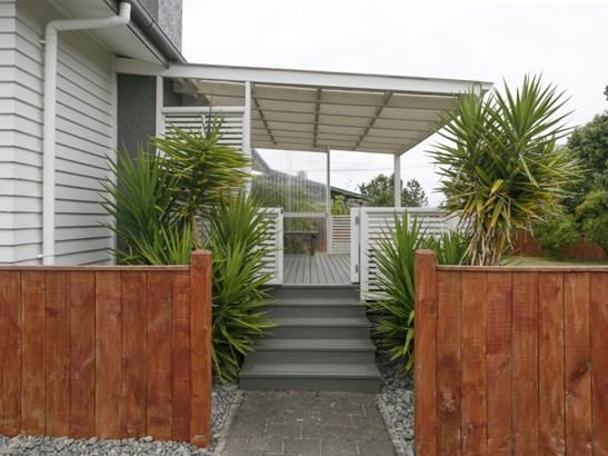 15 Cumberland Street, Tauhara, Taupo - NZL (photo 2)