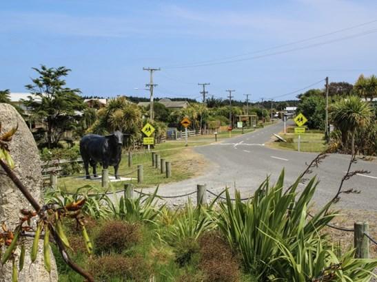 1951 Parewanui Road, Bulls, Rangitikei - NZL (photo 3)