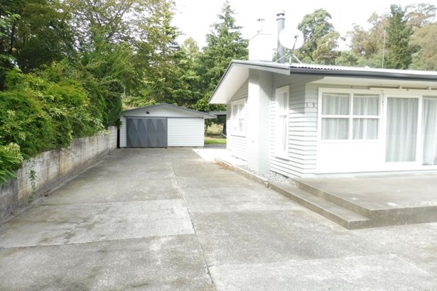 127 Clyde Road, Wairoa - NZL (photo 3)