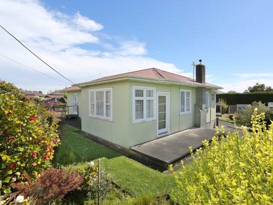 6 Milne Street, Sanson, Manawatu - NZL (photo 1)