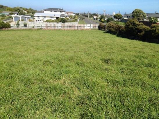 7, 7a, 9 Longbeach Drive, Castlecliff, Whanganui - NZL (photo 1)