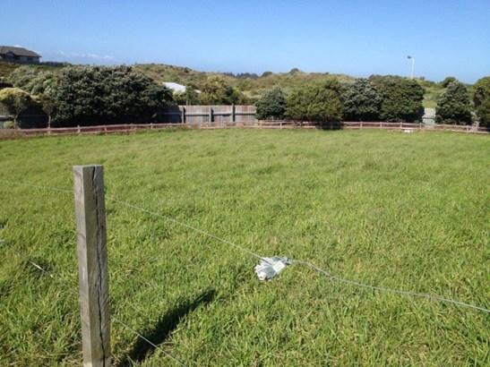 7, 7a, 9 Longbeach Drive, Castlecliff, Whanganui - NZL (photo 5)