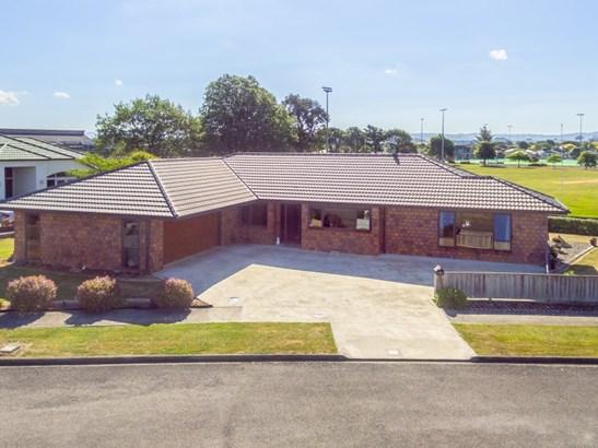 16 Kauri Place, Pahiatua, Tararua - NZL (photo 1)