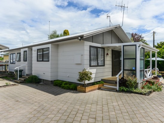 2/1420 Woodstock Avenue, Mayfair, Hastings - NZL (photo 1)