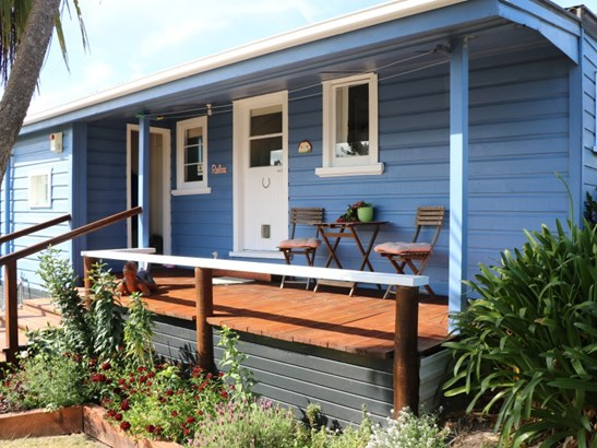 15a Hall Place, Foxton Beach, Horowhenua - NZL (photo 5)