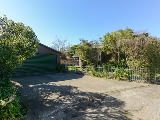 70 Napier Road, Havelock North, Hastings - NZL (photo 2)