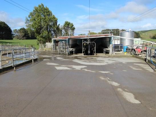 418 Scarborough Road , Pahiatua, Tararua - NZL (photo 4)