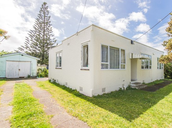 7 Ruapehu Street, Castlecliff, Whanganui - NZL (photo 1)