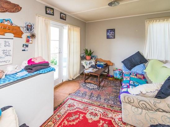 7 Ruapehu Street, Castlecliff, Whanganui - NZL (photo 4)