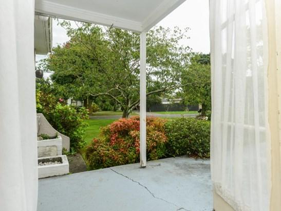 1014 Frances Street, Akina, Hastings - NZL (photo 2)